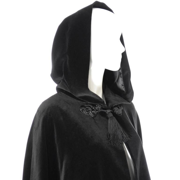 YSL Yves Saint Laurent Rive Gauche Vintage Opera Cape Hooded Black Velvet 3