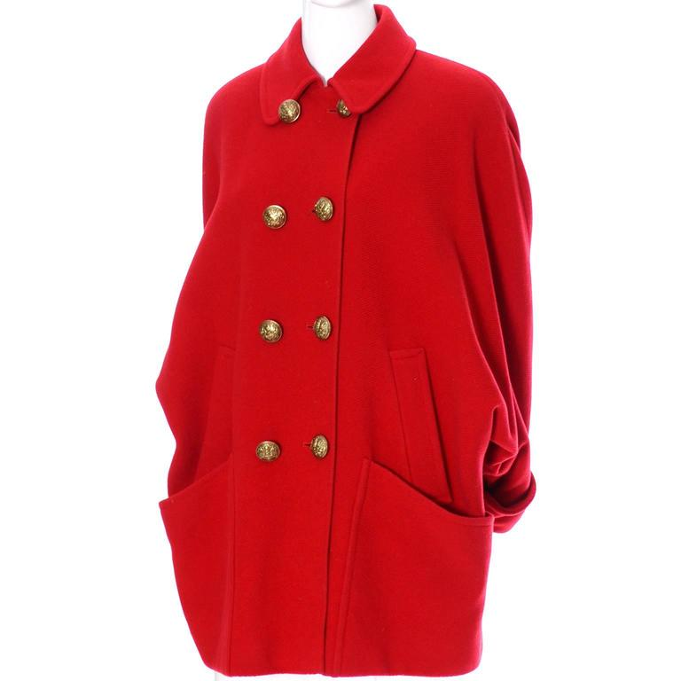 Guy Laroche Boutique 1980s Vintage Coat Red Wool Brass Buttons Dolman Sleeves For Sale 5