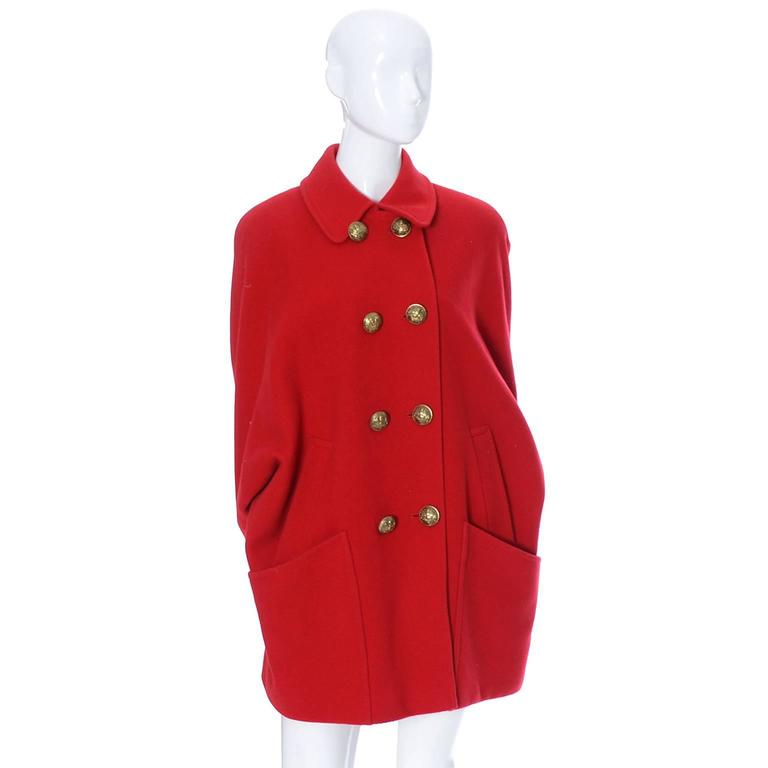 Guy Laroche Boutique 1980s Vintage Coat Red Wool Brass Buttons Dolman Sleeves For Sale 2
