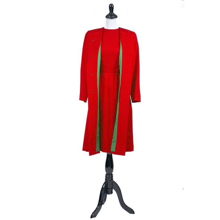 1950s Vintage Sheath Dress And Coat Suit Red Green Christmas Holiday Ensemble For Sale 2