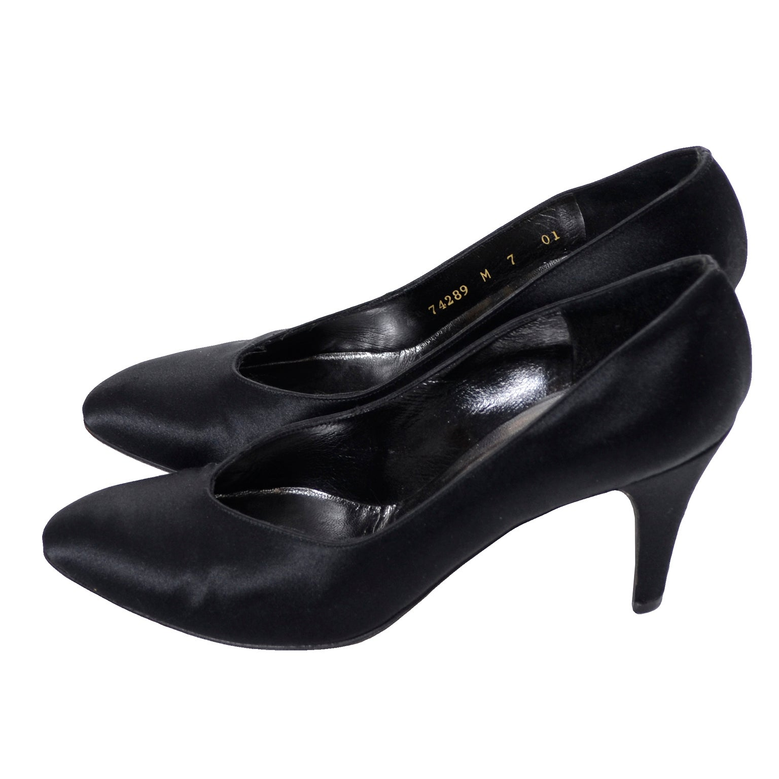 24e14a64a Yves Saint Laurent YSL Vintage Black Satin Shoes Heels 7M For Sale at  1stdibs