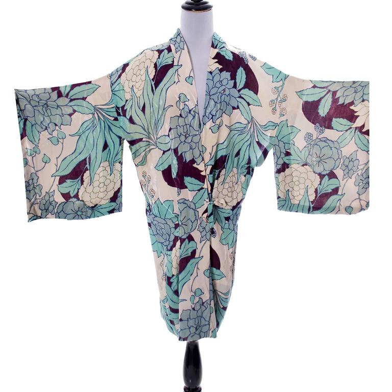 Silk Vintage Kimono Robe Hostess Gown Floral 1920s 1930s Flowers For Sale 1