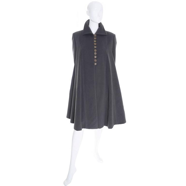 Giorgio Armani Vintage Swing Coat Gray Cashmere Wool Angora Vestimenta Spa In Excellent Condition For Sale In Portland, OR