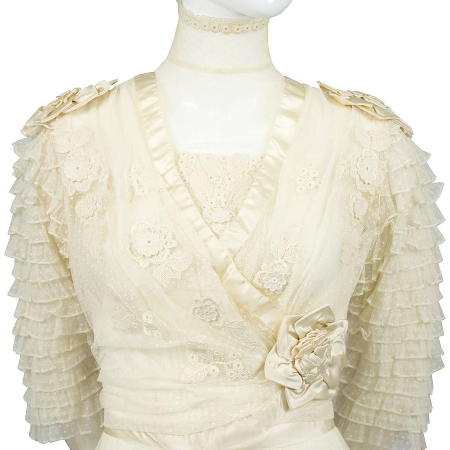 Edwardian fine lace vintage wedding gown veil silk roses for Antique rose wedding dress