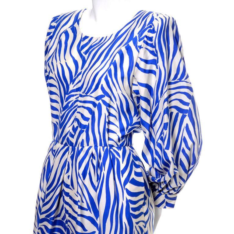 1980s YSL Vintage Dress Yves Saint Laurent Abstract Bold Zebra Print Blue Sz 36 For Sale 2