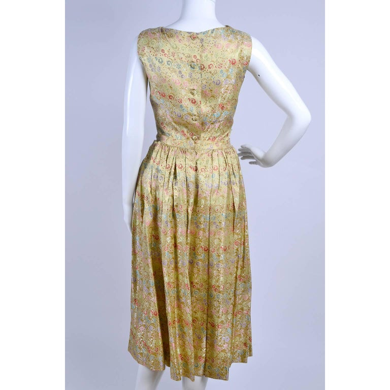 1950s 2 pc Vintage Dress Nelly de Grab New York Gold Brocade Floral Skirt Top For Sale 3