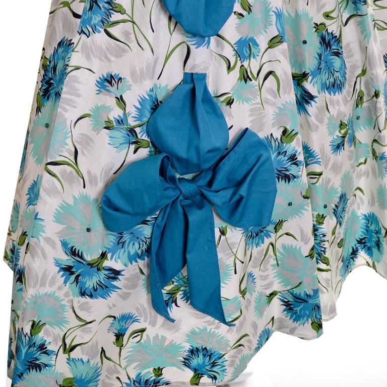 1950s Blue Floral Vintage Dress Rhinestones Bows 50s Full Skirt Size 6/8 In Excellent Condition In Portland, OR