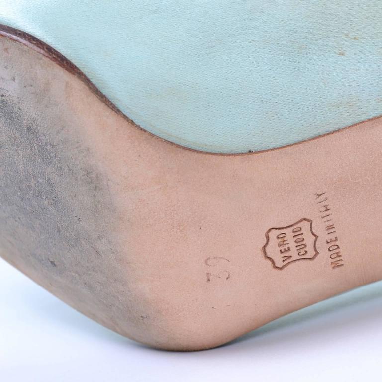 "Women's Manolo Blahnik London Vintage Green Satin Lace up Shoes w/ 4"" Heels Size 39 For Sale"