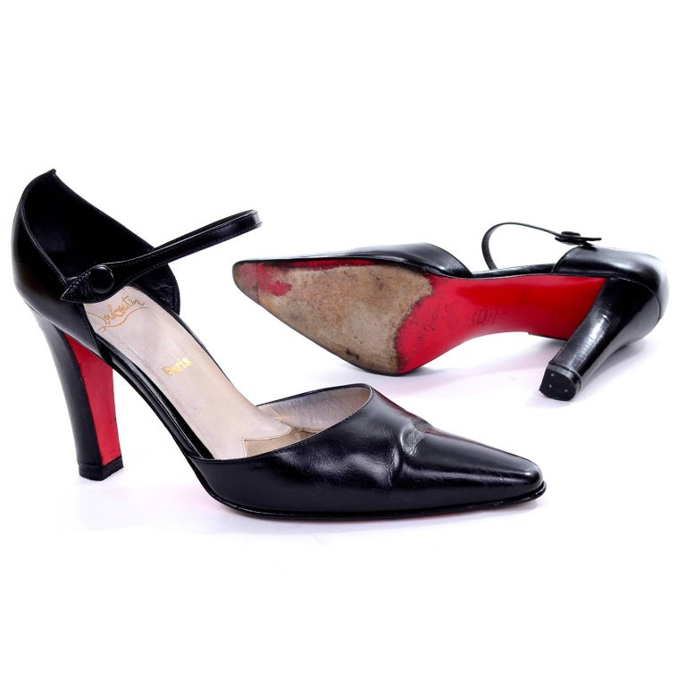 Vintage Christian Louboutin Mulano Black Calf Leather Pumps w/ Red Soles Size 7 For Sale 2