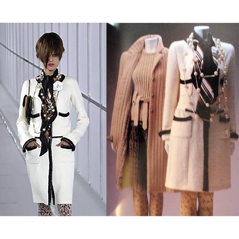 Chanel 2000 Documented White Tweed Coat Black Trim Kyoto Costume Institute 8/10 3