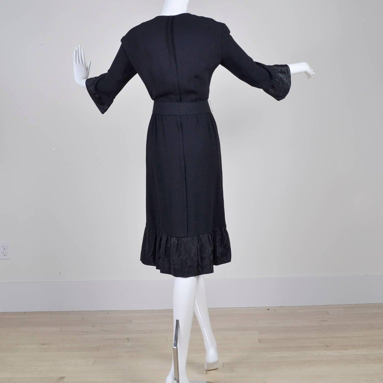 Pattullo Jo Copeland Late 1960s Black Crepe Dress W/ Bow Belt and Taffeta Ruffle In Excellent Condition For Sale In Portland, OR