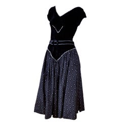 1950s Vintage Dress Black Velvet w/ Black and Silver Starbursts Full Skirt