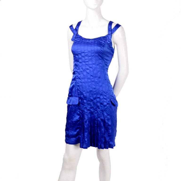 Gianni Versace Couture Blue Silk Documented Runway Dress, 1994  In Excellent Condition For Sale In Portland, OR