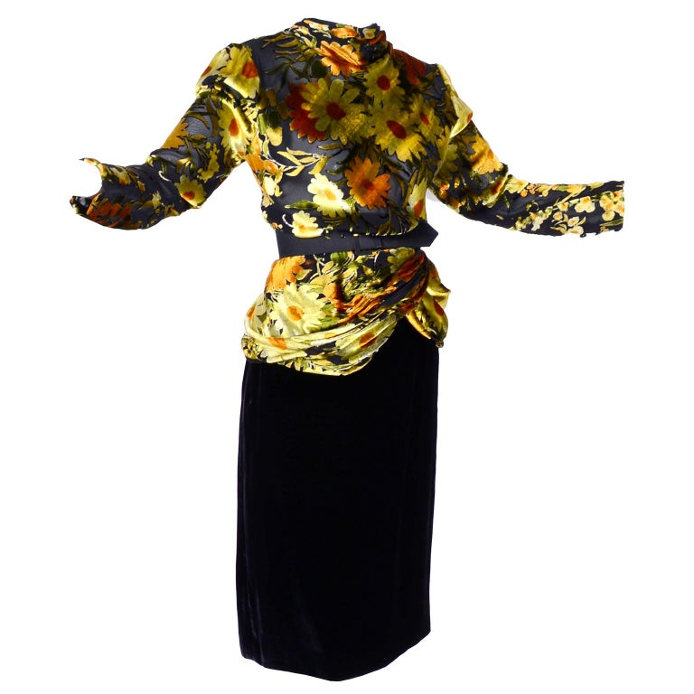 Valentino Vintage 2 Piece Dress Yellow Burn Out Velvet Top & Black Velvet Skirt In Excellent Condition For Sale In Portland, OR