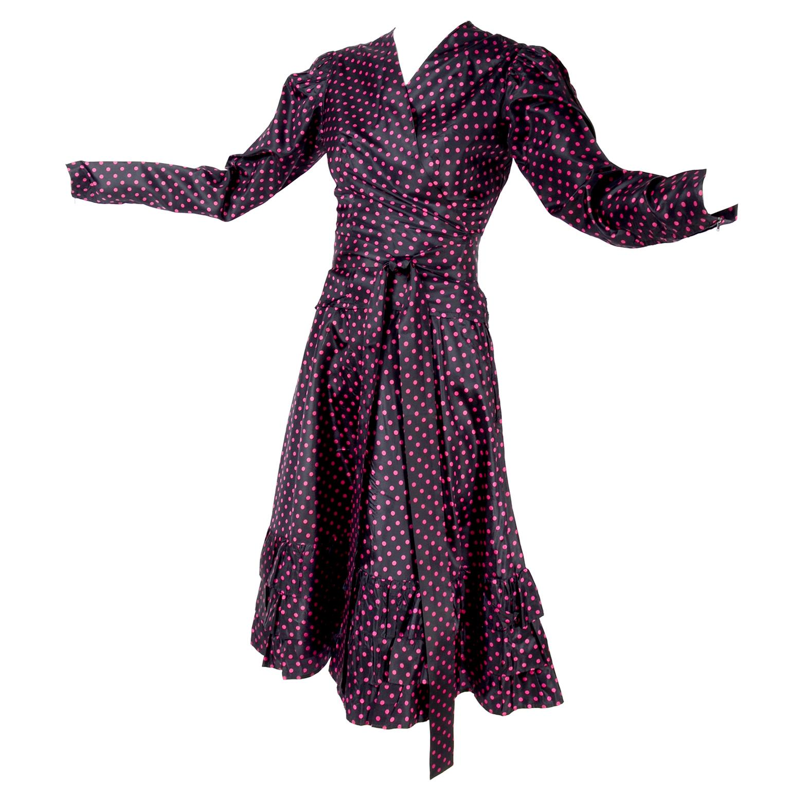 6756811e305 Vintage Yves Saint Laurent Evening Dresses and Gowns - 321 For Sale at  1stdibs