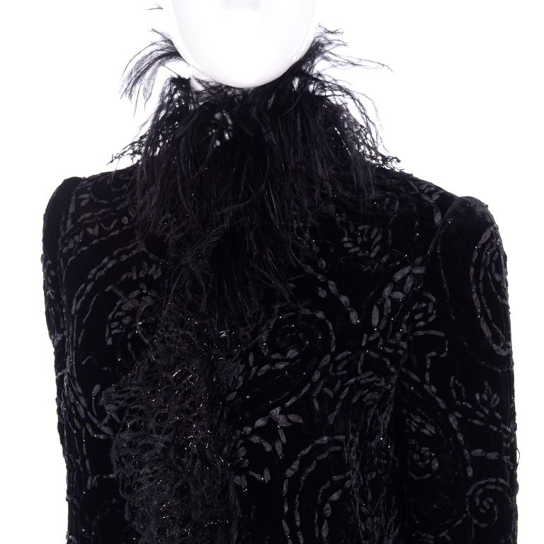 Oscar de la Renta Black Velvet Evening Coat W Lace Sequins & Ostrich Feathers For Sale 7