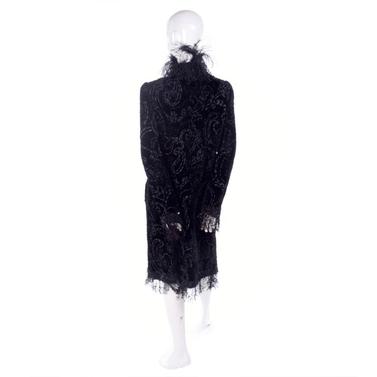 Oscar de la Renta Black Velvet Evening Coat W Lace Sequins & Ostrich Feathers For Sale 4