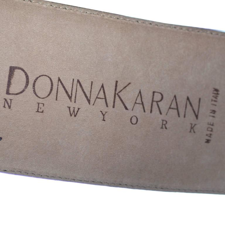 1980s Vintage Donna Karan Belt Reptile Embossed Leather Medium Italy In Excellent Condition For Sale In Portland, OR