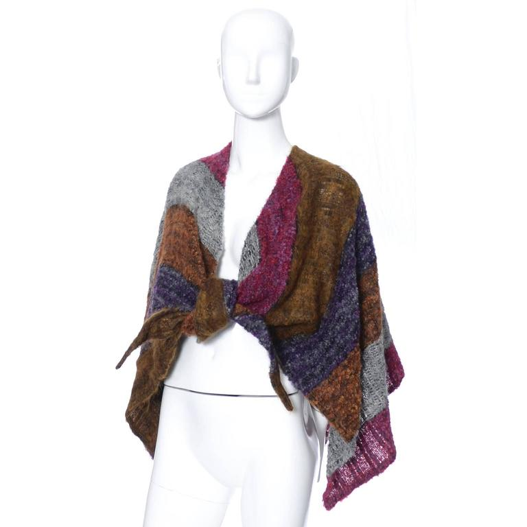 Women's Nikos Hand Woven Wool 3 Piece Set With Wrap / Sweater Scarf & Handbag For Sale