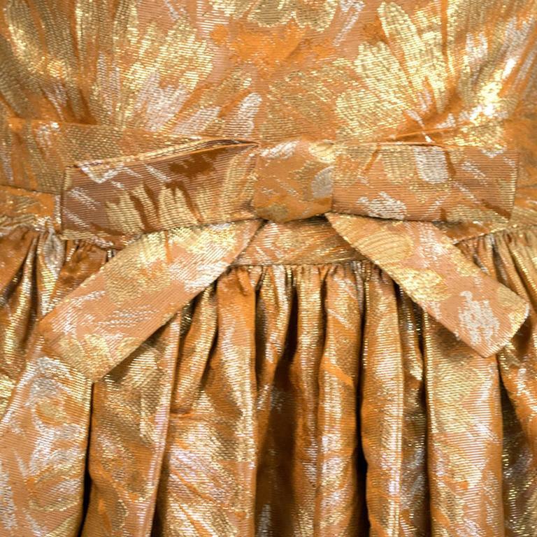 1950s William Pearson Vintage Dress Floral Metallic Gold Lame Brocade Full Skirt 5