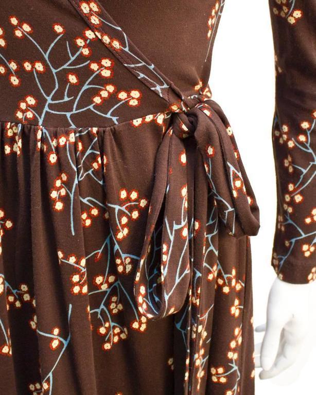 1970's Diane Von Furstenberg Brown Floral Wrap Dress In Excellent Condition For Sale In Toronto, CA