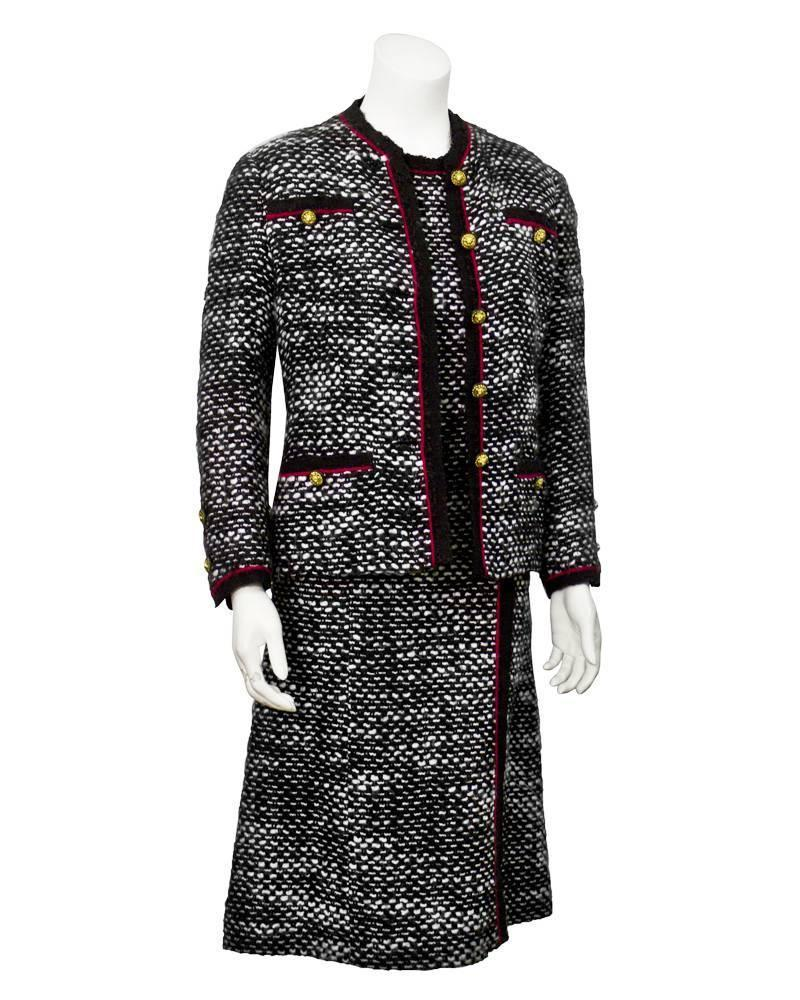 1970 39 s chanel haute couture boucle dress and jacket set for Haute couture jacket