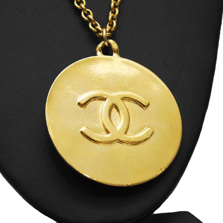 Contemporary 1980's Chanel Star Pendant Necklace For Sale