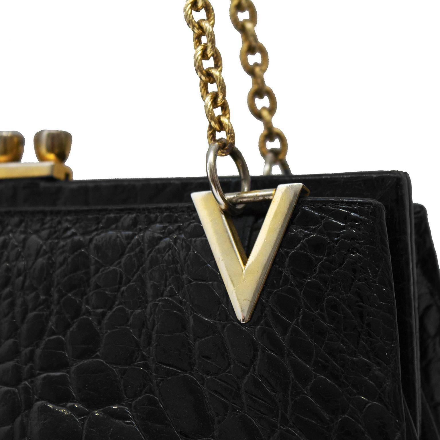 1stdibs 1960s Black Farm Raised Croc Shoulder Bag With Gold Details HOEyAaw0