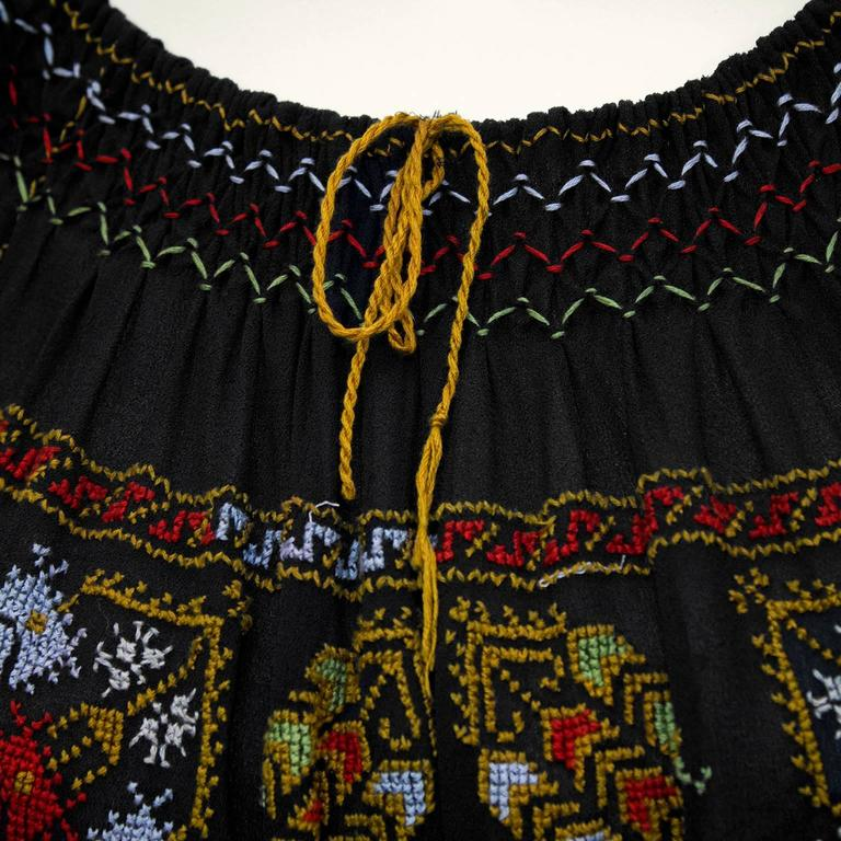 1940's Anonymous Black Hand Embroidered Smock Top 5
