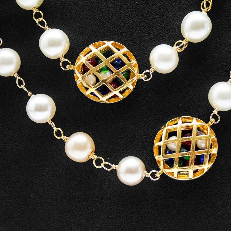 1980s Chanel Pearl Necklace with Poured Glass Beads 2