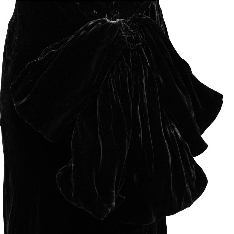 1930's Chanel Haute Couture Black Velvet Halter Gown 4