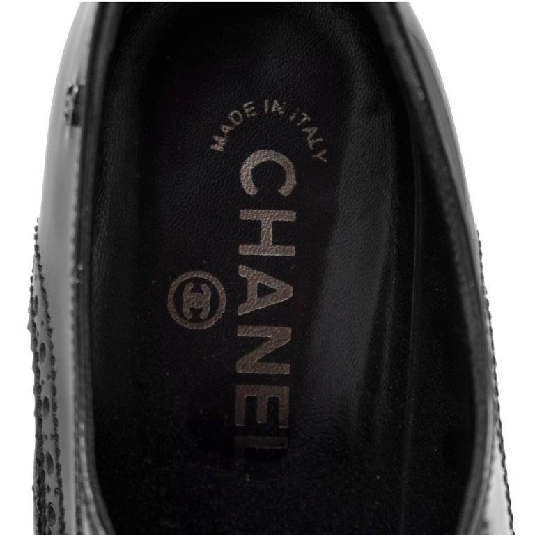 1990s Chanel Black Brogue Pumps For Sale 2