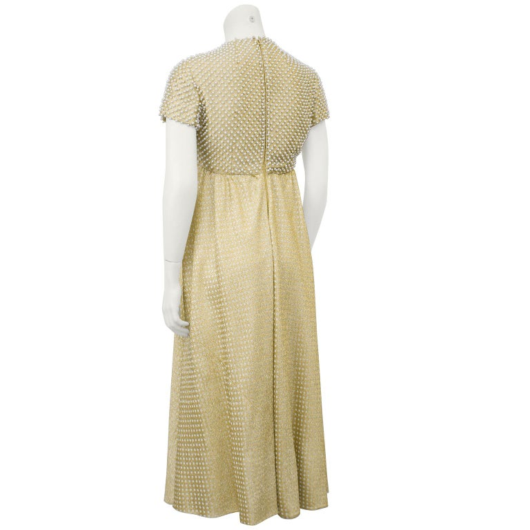1970's Geoffrey Beene Gold Metallic Knit Dress w Pearls In Excellent Condition For Sale In Toronto, Ontario