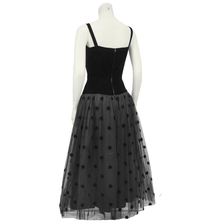 1980s Black Velvet and Tulle Dress In Good Condition For Sale In Toronto, Ontario
