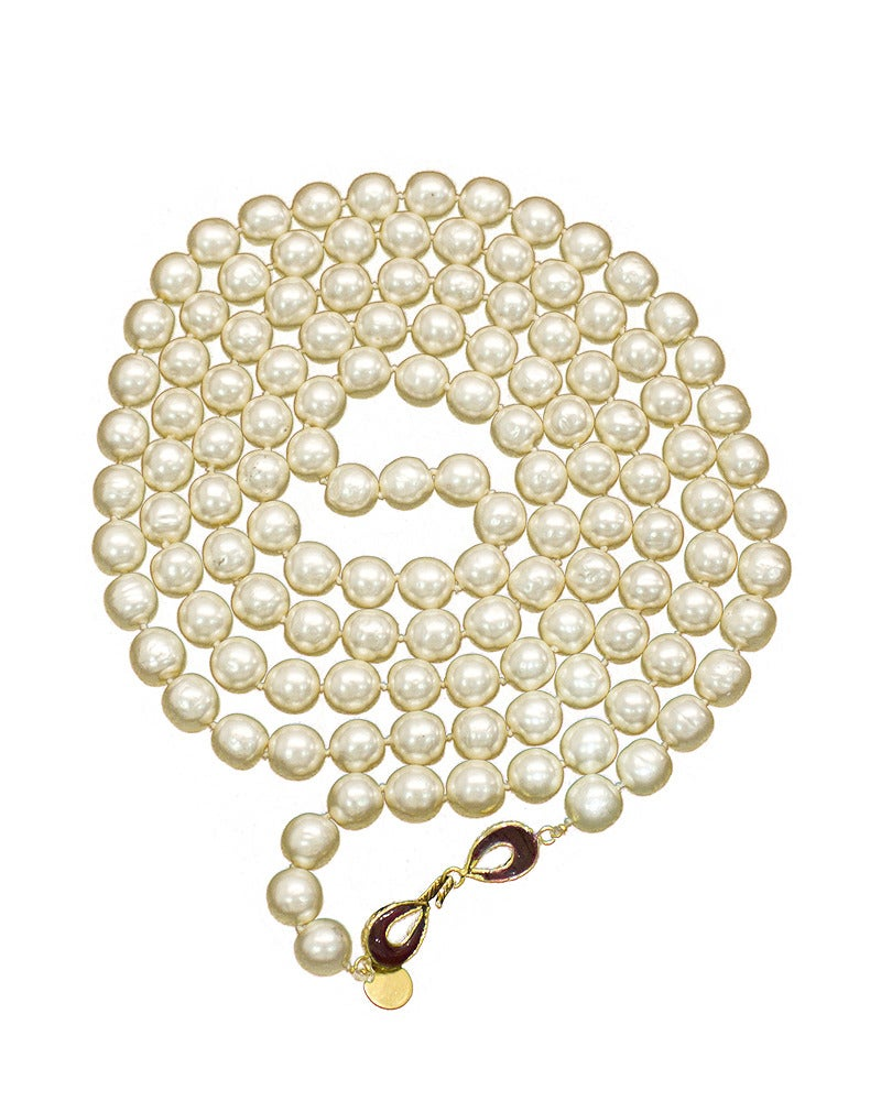 1980s Chanel Long Pearl Necklace with Red Stone Clasp 2