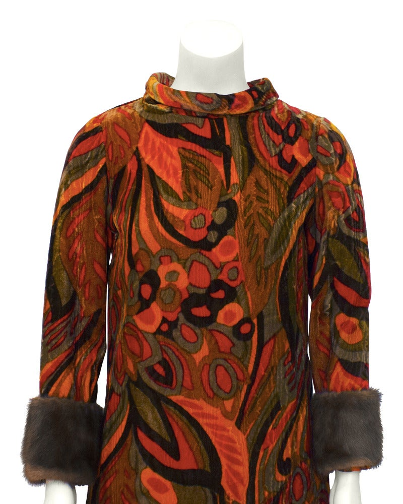 Teal Traina Orange Printed Velvet Dress with Mink Cuffs Circa 1960 In Excellent Condition For Sale In Toronto, Ontario