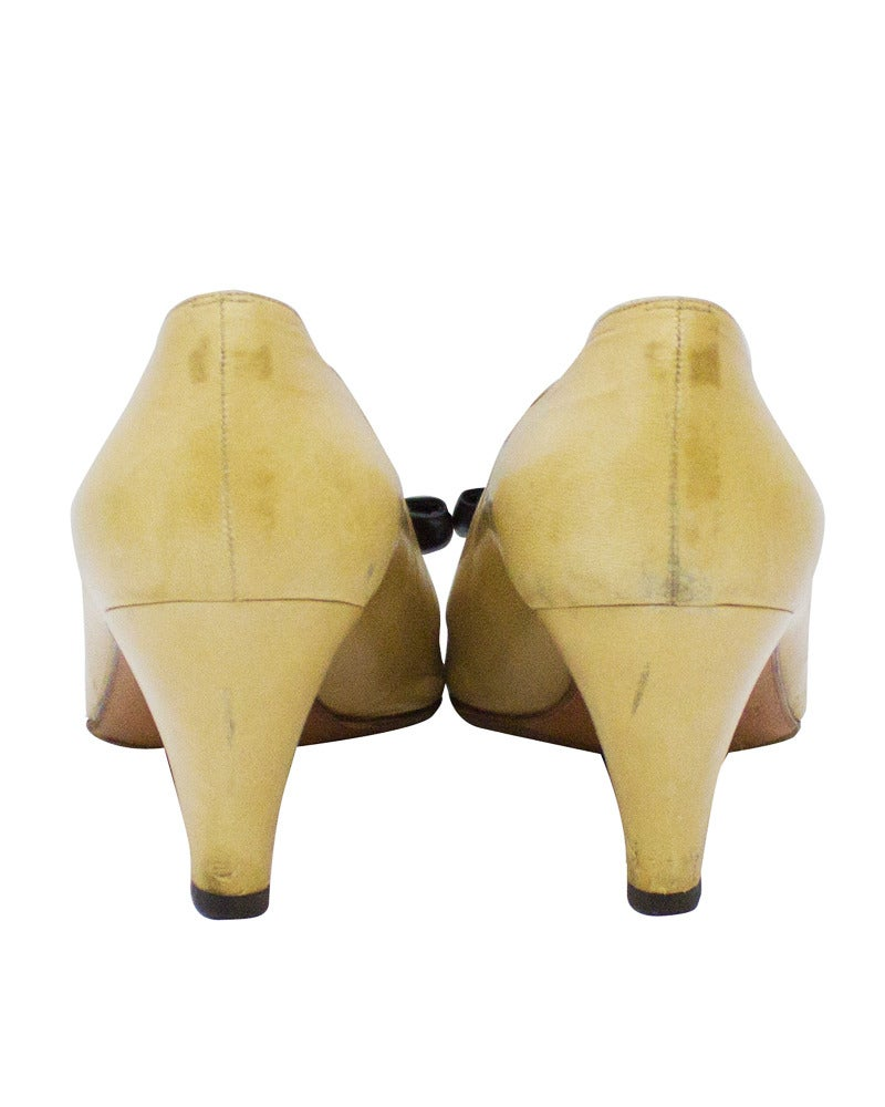1980's Chanel Beige Leather Pumps with Black Toe Cap & Bow 4