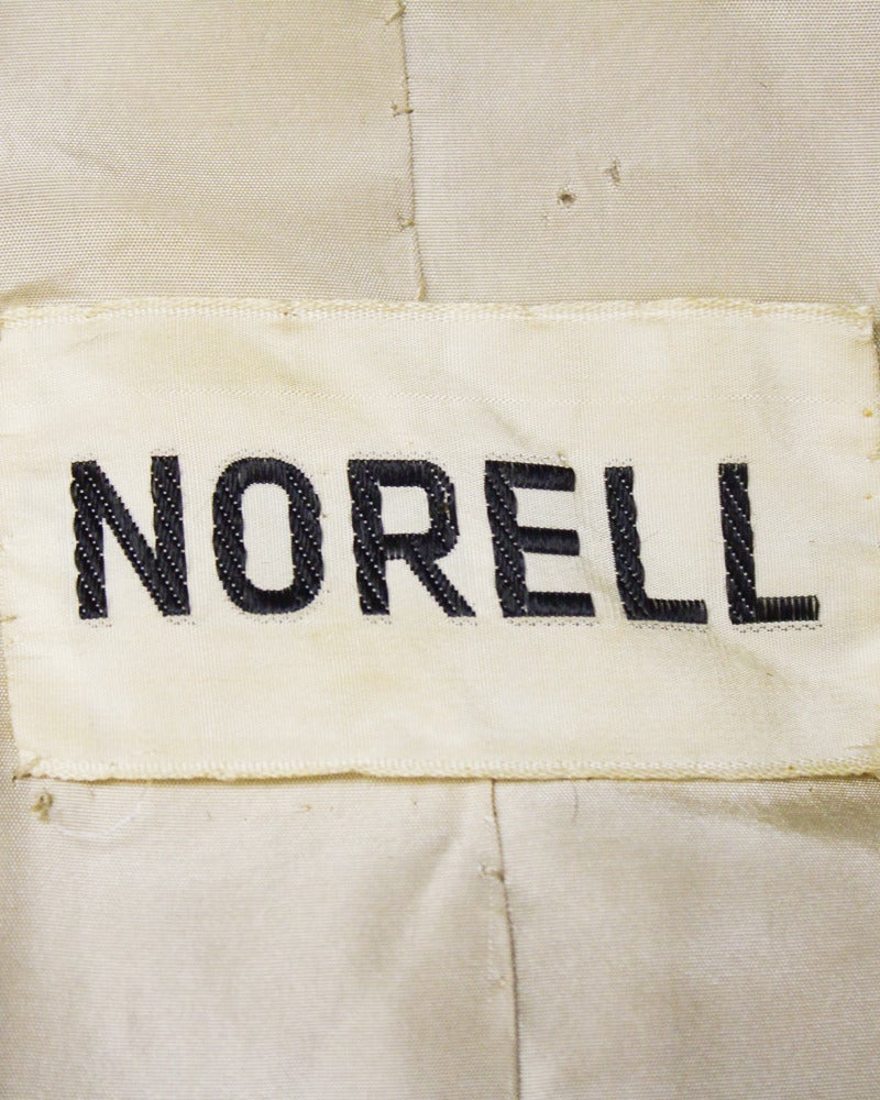 Women's 1970's Norman Norell Tan Wool Coat with Fur Collar For Sale