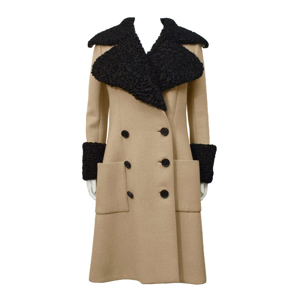 1970's Norman Norell Tan Wool Coat with Fur Collar For Sale