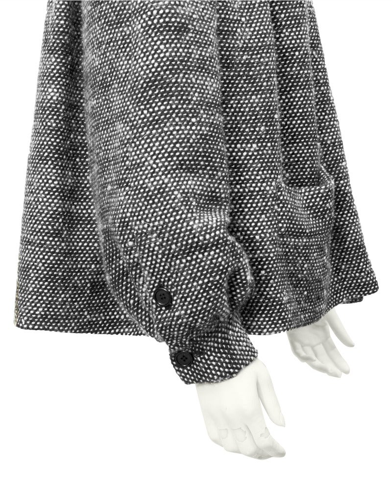 1980's Bill Blass Black & White Smocked Swing Jacket In Excellent Condition For Sale In Toronto, CA
