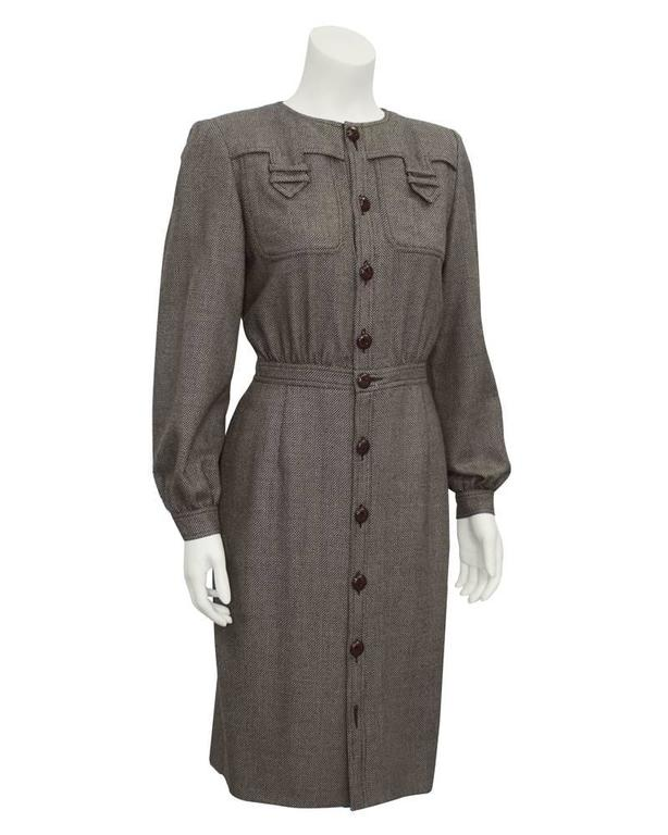 1980's Valentino brown tweed wool button front long sleeve shirt dress. Cinched waist, brown wood buttons and details at bust. Missing bottom button. Excellent vintage condition. Fits like a US 4-6.