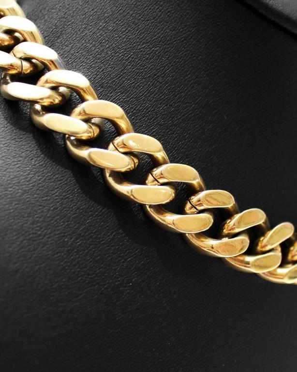 1980's Nina Ricci gold chain link style necklace. Perfect statement piece for a little black dress. Excellent vintage condition.