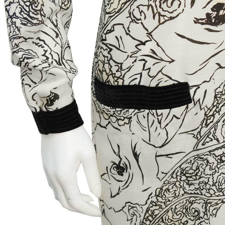 Women's 1980's Scherrer Cream & Black Print Wool Dress For Sale