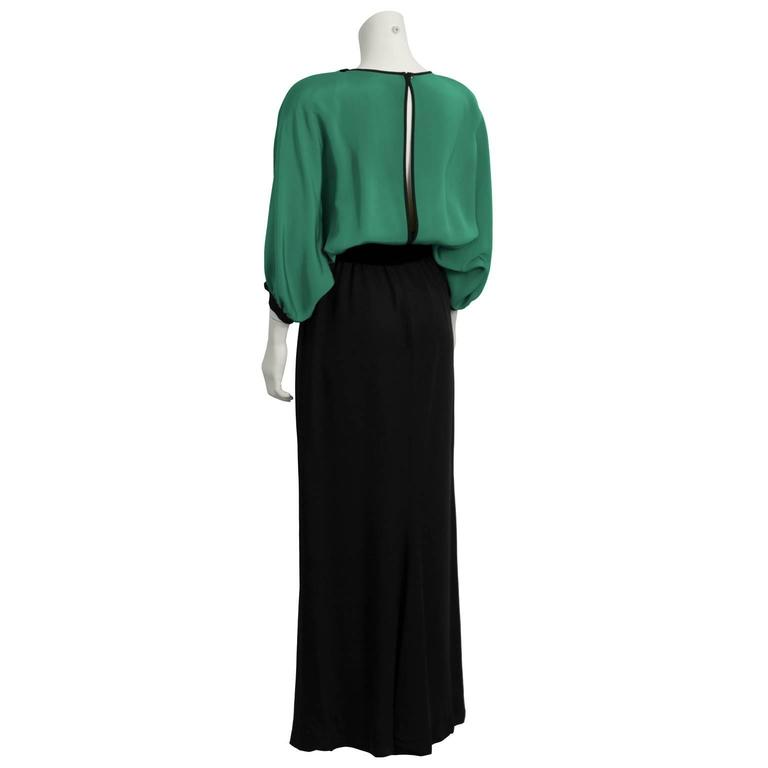 1990's Valentino Night Green and Black Gown  In Fair Condition For Sale In Toronto, Ontario