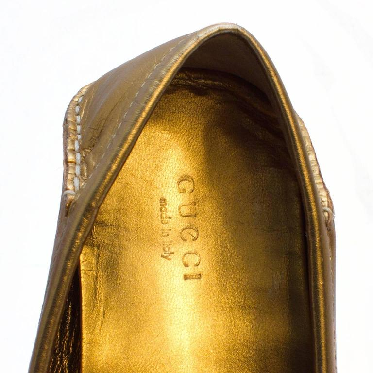 Gucci 2000s Gold Loafers with Bamboo  In Excellent Condition For Sale In Toronto, CA