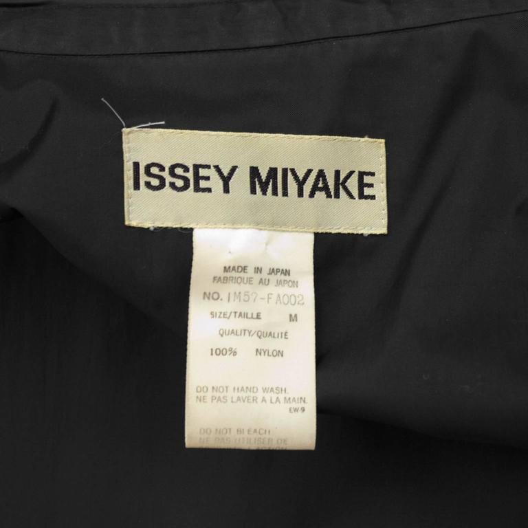 1990's Issey Miyake Black Oversized Windcoat  For Sale 2