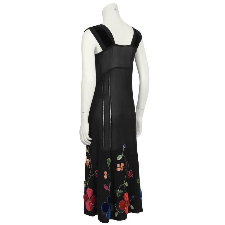 1930's Black Velvet & Chiffon Tea Dress with Floral Embroidery  In Excellent Condition For Sale In Toronto, CA