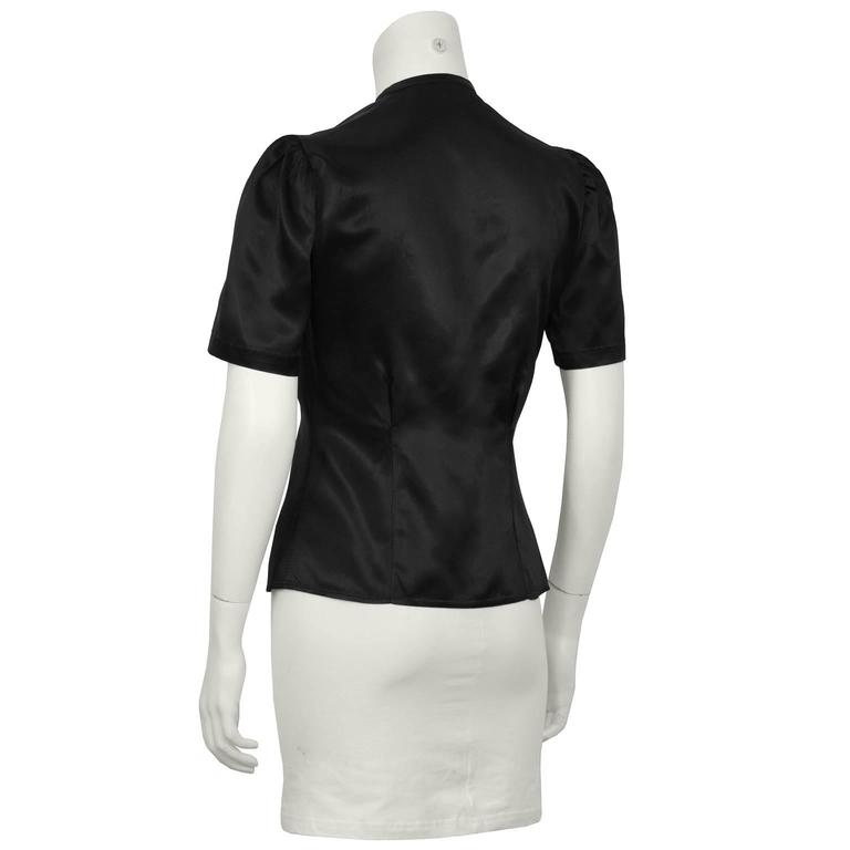 1940's Anonymous Black Satin Blouse With Beaded Flower In Excellent Condition For Sale In Toronto, Ontario