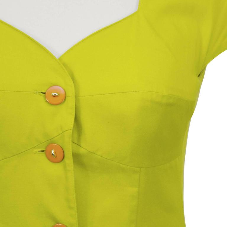 Women's 1980's Byblos Chartreuse Cotton Short Sleeve Suit Set For Sale