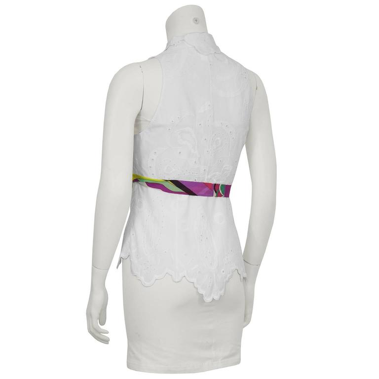 2000's Pucci White Eyelet Top With Patterned Belt In Excellent Condition For Sale In Toronto, Ontario